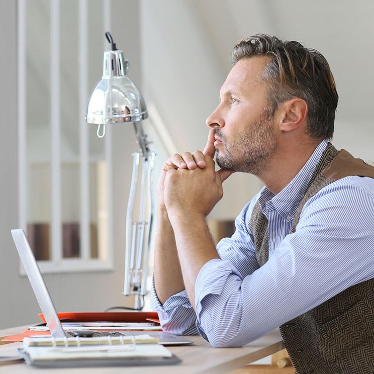 https://erfolgreicher-kommunizieren.de/wp-content/uploads/2018/08/training-selbstmanagement-entscheidungen-treffen.jpg